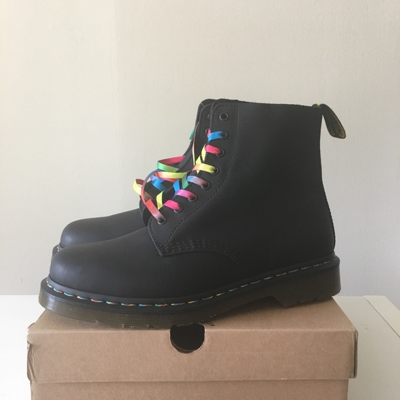 hot-selling great deals 2017 get new Dr. Martens 1460 BRAND NEW Rainbow Lace